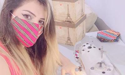 Archivo personal Una mujer refugiada en Brasil confecciona mascarillas de tela.