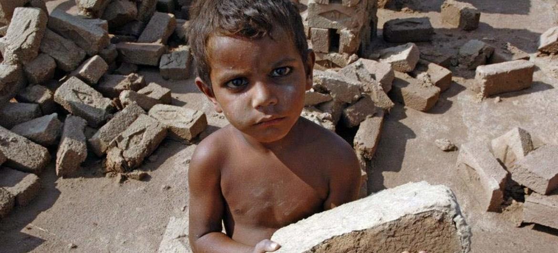 ILO/M.Crozet Trabajo infantil en Pakistán.