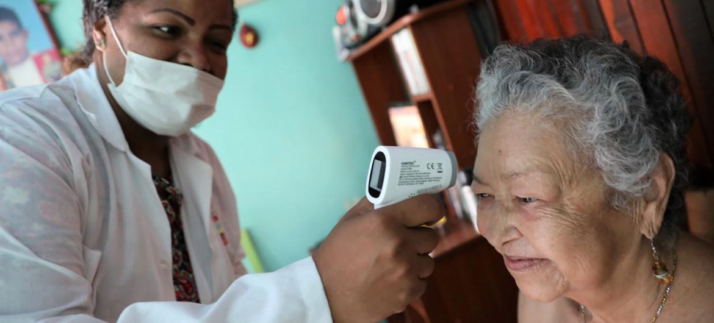 La ONU en Venezuela ayuda a combatir la pandemia de coronavirus.