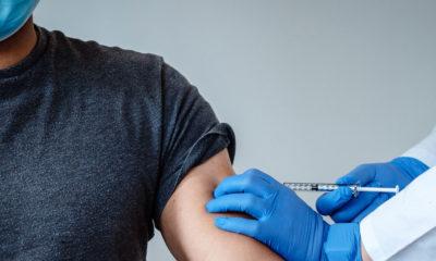 Pfizer y BioNTech aseguran que su vacuna contra la COVID-19 es eficaz en más del 90% de los casos
