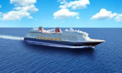 """Imagen cedida hoy por Disney que muestra un boceto de su nuevo crucero, el """"Disney Wish"""", que con un diseño inspirado en los cuentos de hadas y con la primera atracción a bordo de un barco, """"AquaMouse"""""""